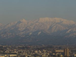 ホテルから立山 (320x240)