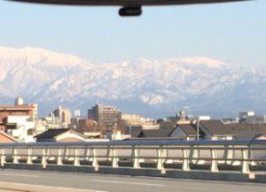 タクシーから立山 (320x231)